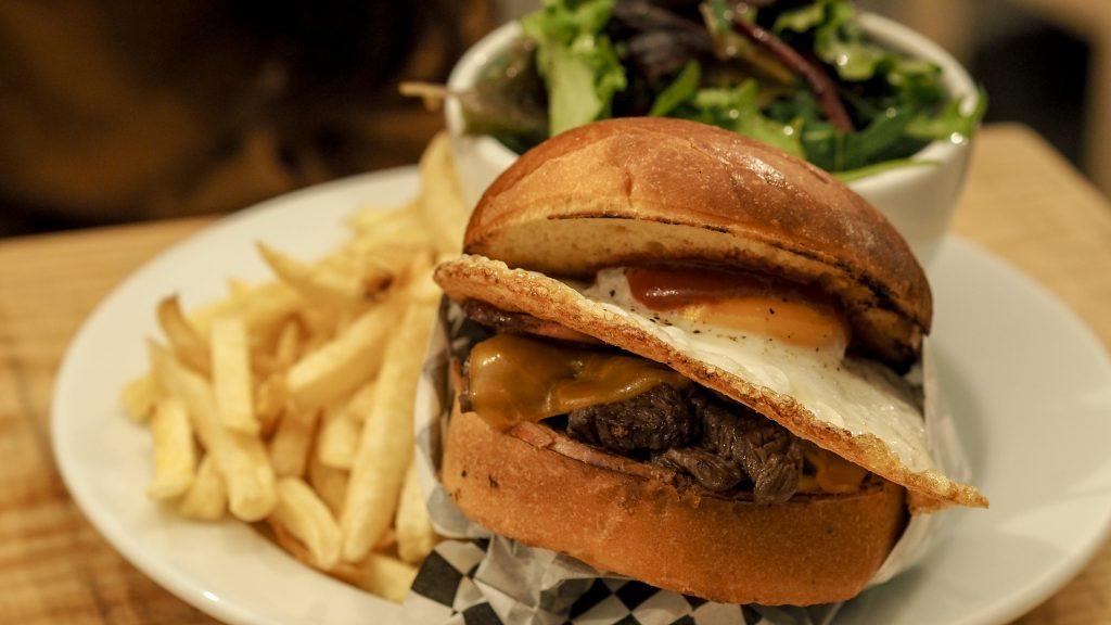 porto-burger-curb